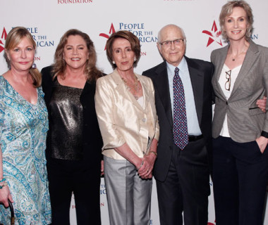 2012-People-for-the-American-Way,-Red-Carpet-with-Kathleen-Turner-,-Speaker-Pelosi,-Norman-Lear-and-Jane-Lynch